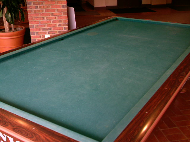 No Pockets. The Slate Has Pocket Openings But The Rails Have None. This  Table Can Easily Be Converted Into A 5 X 10u0027 Snooker Table.