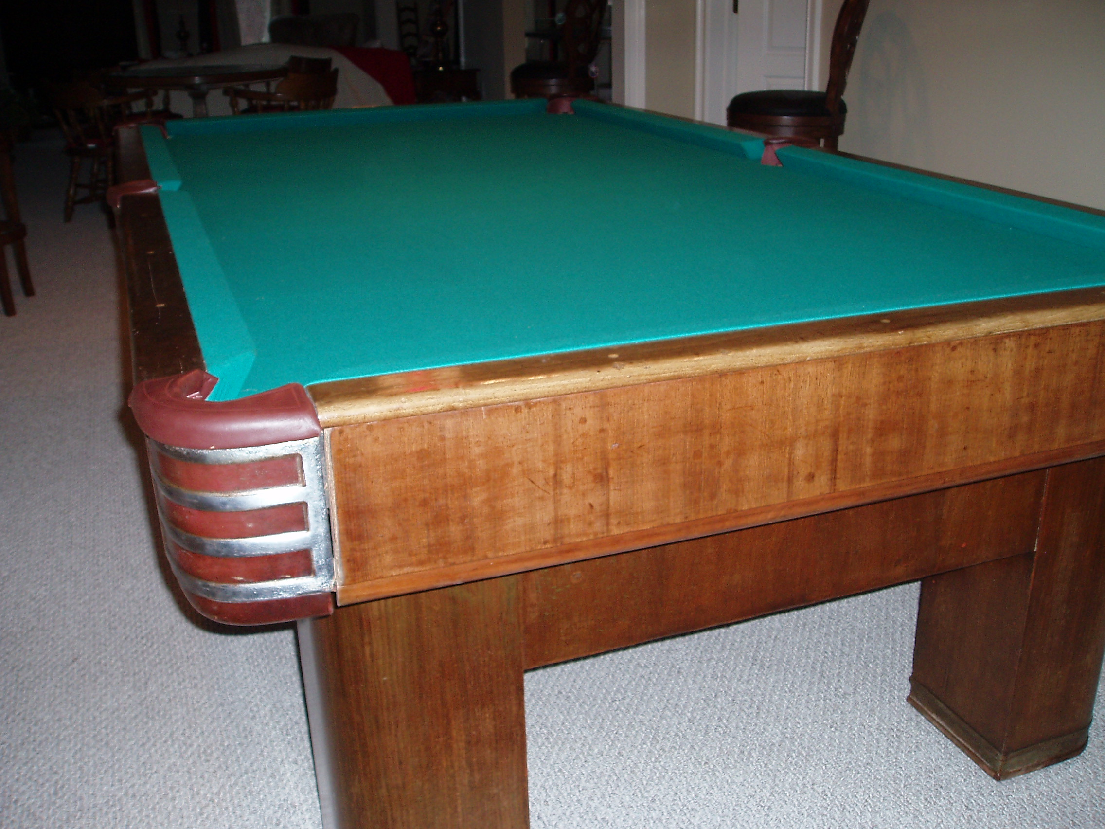 Brunswick Twentieth Century Renovation - Brunswick metro pool table